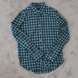 Plaid design button up
